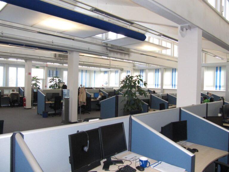 Kundenlösung ERGO Nürnberg mit Schallabsorber für das Büro